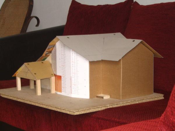 plan maison en carton maquette